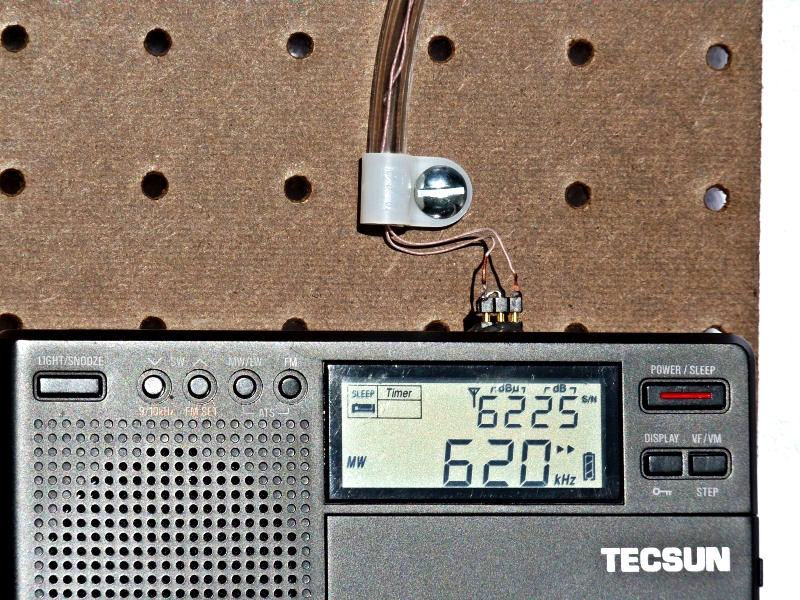 300WT - Three pin close-up 1