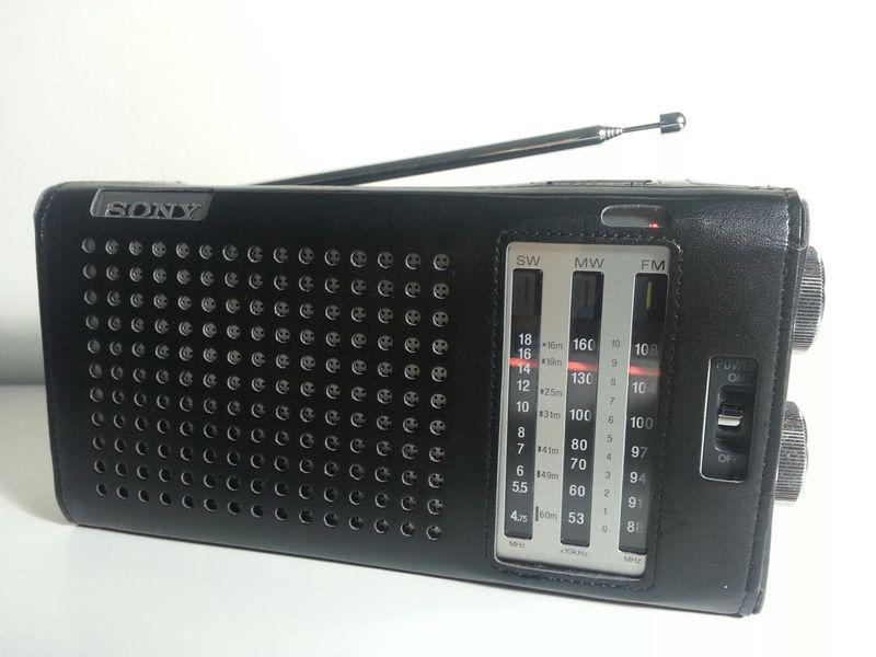 Sony ICF-J1  (a)