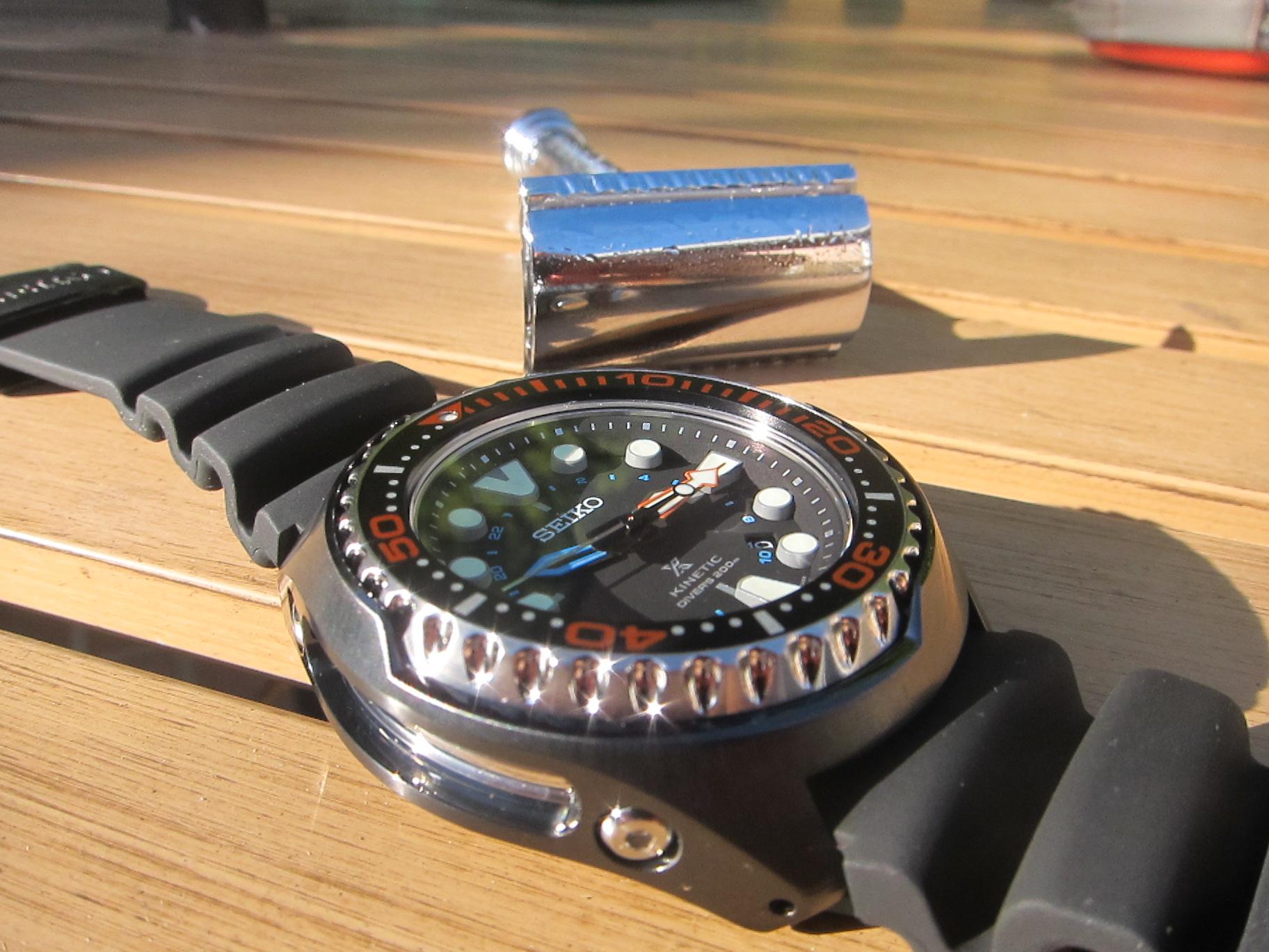 Herculodge: First Look: Seiko Kinetic Diver SUN023