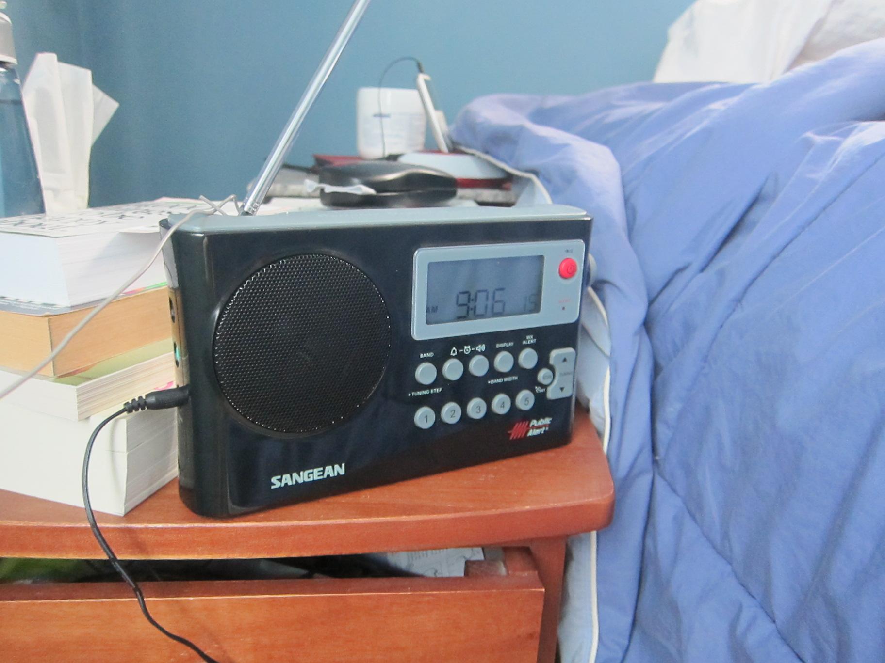 Herculodge: Sangean PR-D4W Review with FM Wire Antenna Upgrade